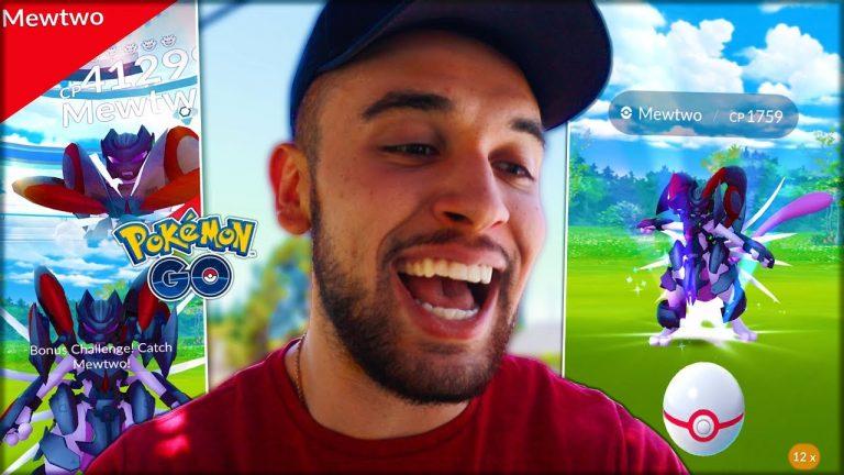 FIRST EVER ARMORED MEWTWO RAID! (Pokémon GO)