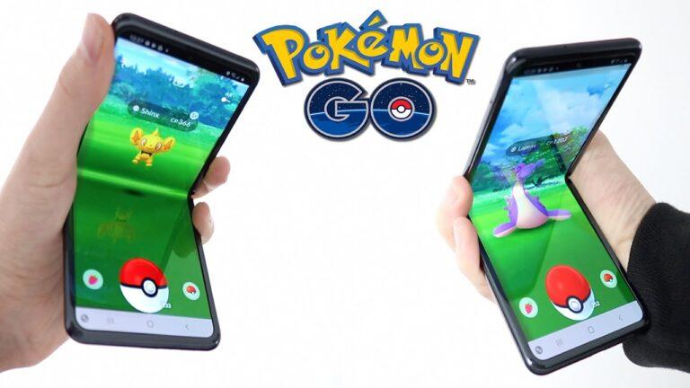 Pokémon GO on a *FOLDING FLIP PHONE* (New Shiny Pokemon!!!)